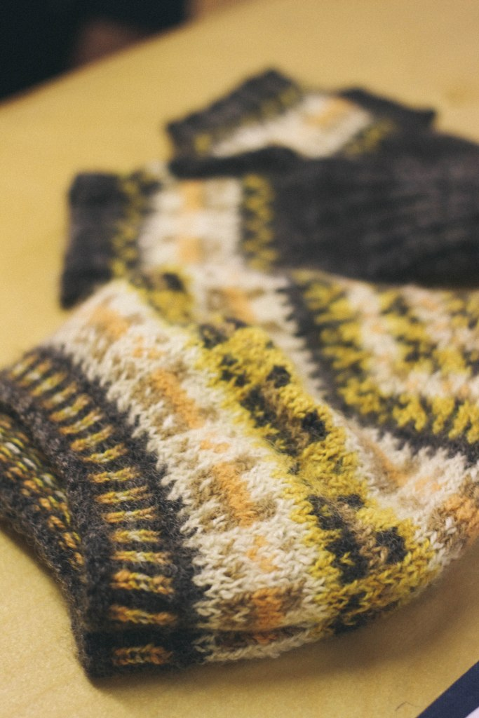 a naturally dyed and handspun crofthoose hat and mitts set, it was so soft!